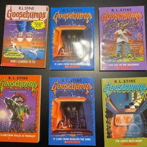 Goosebumps  -1 set and 2 books